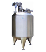 Jacketed Reactor with welded top disc with top drive agitator